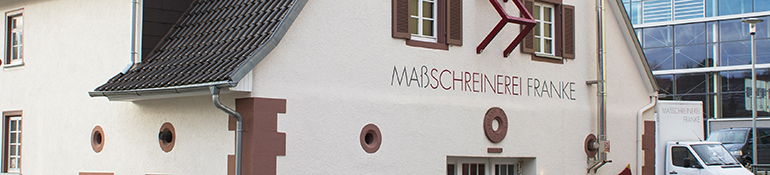 Außenaufnahme des alten Sudhaus - Zuhause der Goldschmiede & Maßschreinerei in Dunningen